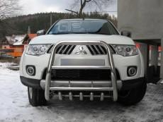 Mitsubishi L200 2006+ Wysoki przód z grillem