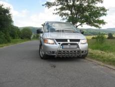 Dodge Grand Caravan 2005-2007 - Niski przód z grillem